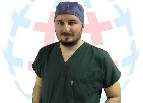Trichologist Erdogan Simsek