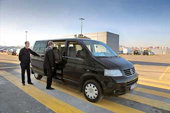 Airport transfers with VIP car